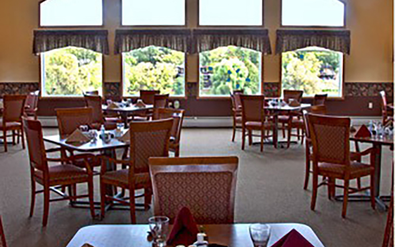 River Grand dining hall